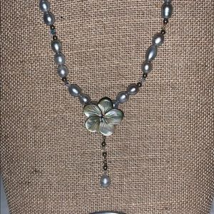 Beautiful Sterling Shell Flower Pearl Necklace